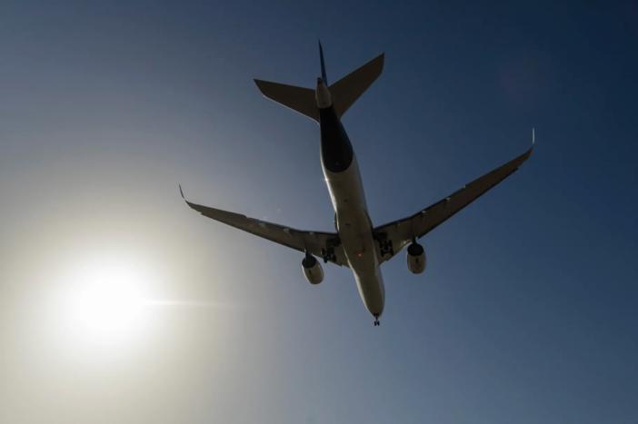 Avião levanta voo com uma tonelada de peso a mais devido a erro no software